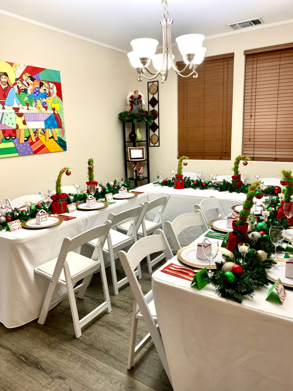 Grinch Party Tables