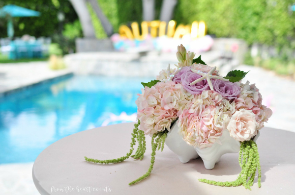 Flower Centerpiece With Starfish Decor