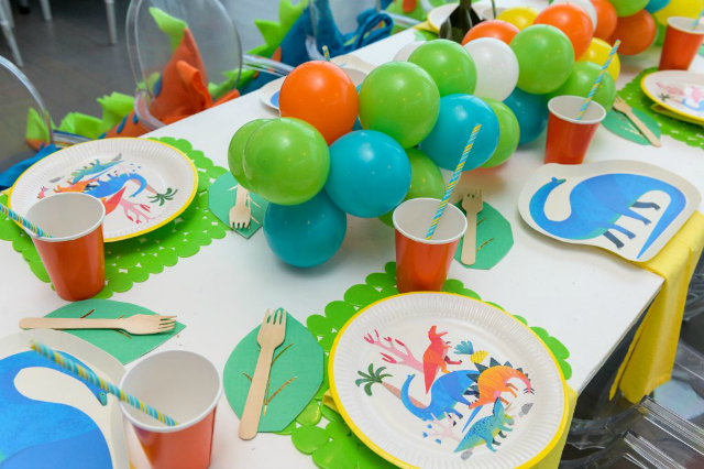 Dino Party Tableware