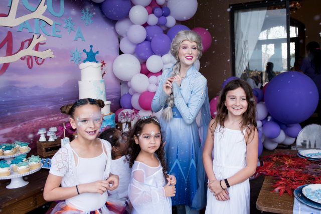 Frozen Party Elsa Character