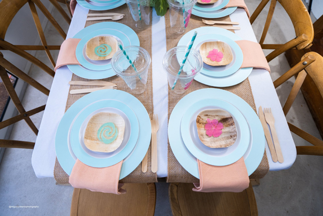 Moana Place Settings