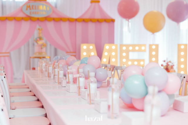 Pink Carnival Party Guest Table
