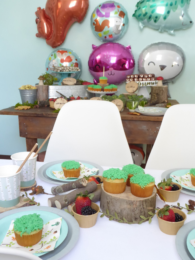 Woodland Animal Party Table