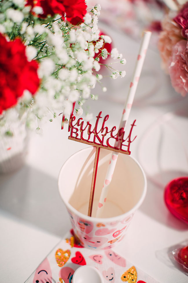 Pink Heart Party Straws and Heartbeat Bunch Drink Stirrer