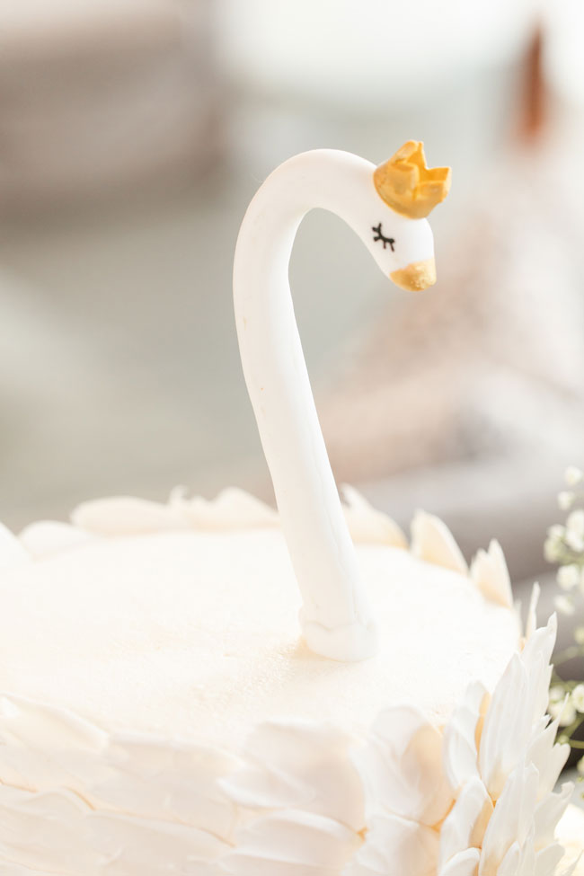 Bubbly Twin Baby Shower Swan Cake