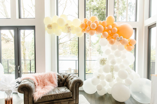 Bubbly Twin Baby Shower Balloon Garland Decoration