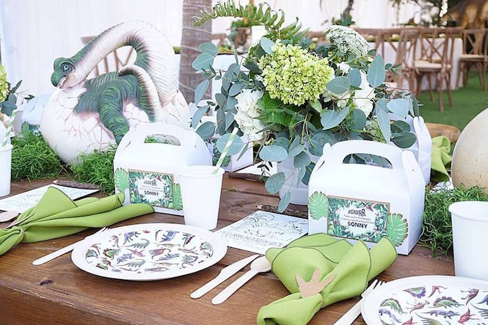 Jurassic World Birthday Party Place Settings