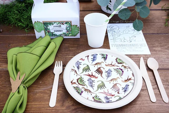 Jurassic World Party Supplies and Tableware