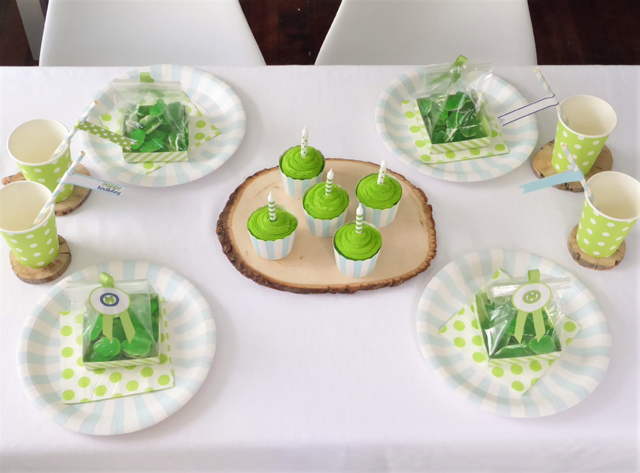 Frog Party Table