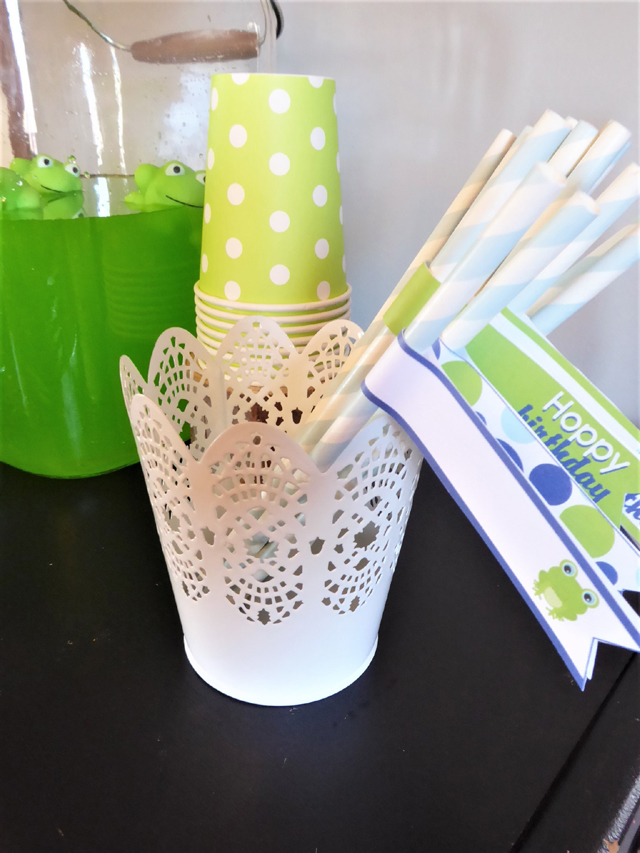 Frog Party Straws and Straw Flags