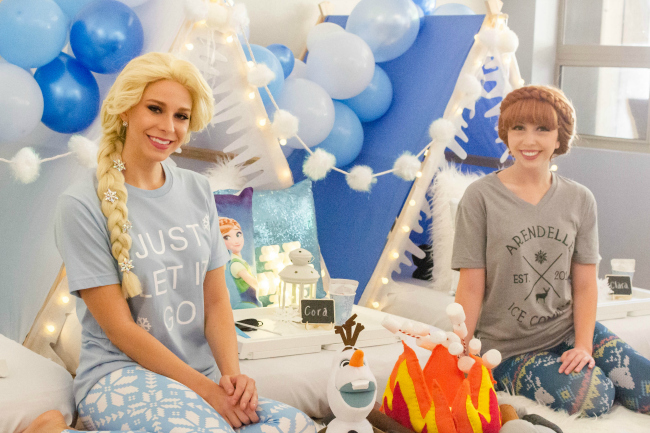 Frozen Sleepover Teepee Party With Anna and Elsa