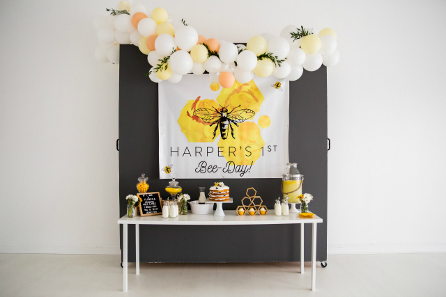Honey Bee Birthday Party on Pretty My Party