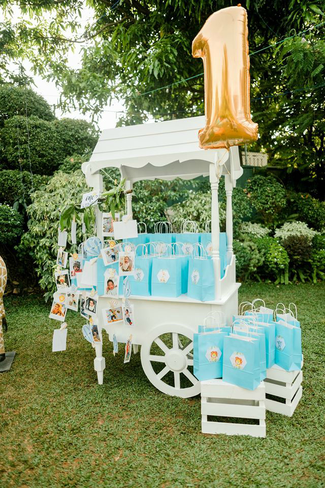 White Party Favor Cart