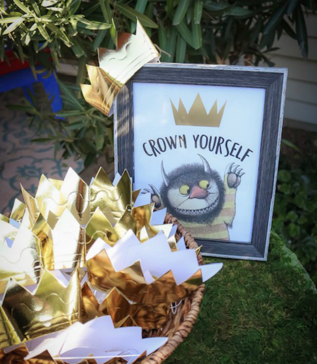 Crown Yourself Party Sign