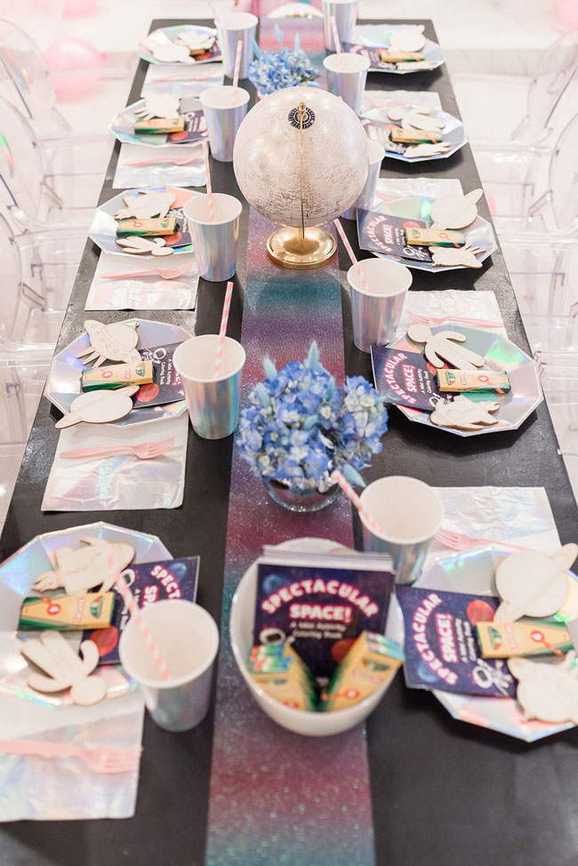 Space Party Table Decor