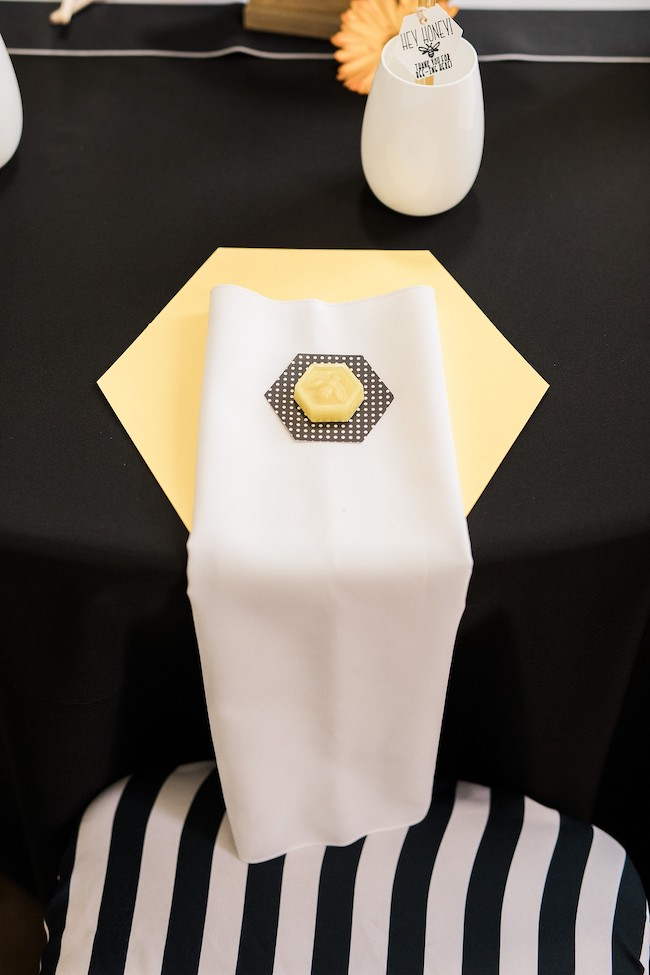 Bee Theme Baby Shower Place Setting