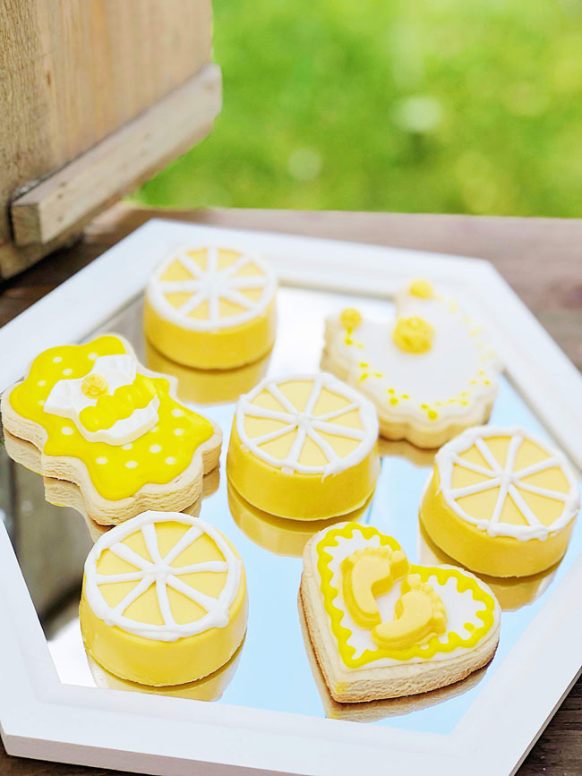 Lemon Themed Baby Shower Cookies and Chocolate Covered Oreos