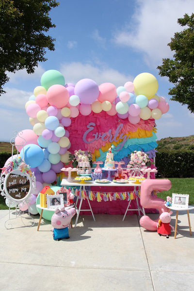 Rainbow Peppa Pig Party
