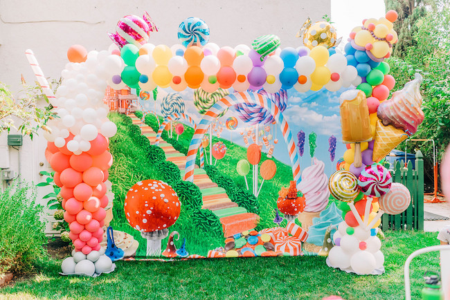 Candyland Birthday Party Parade on Pretty My Party