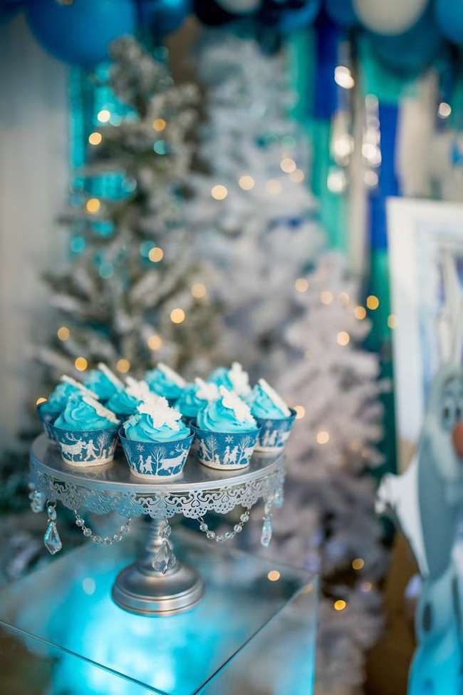 Disney Frozen Themed Party